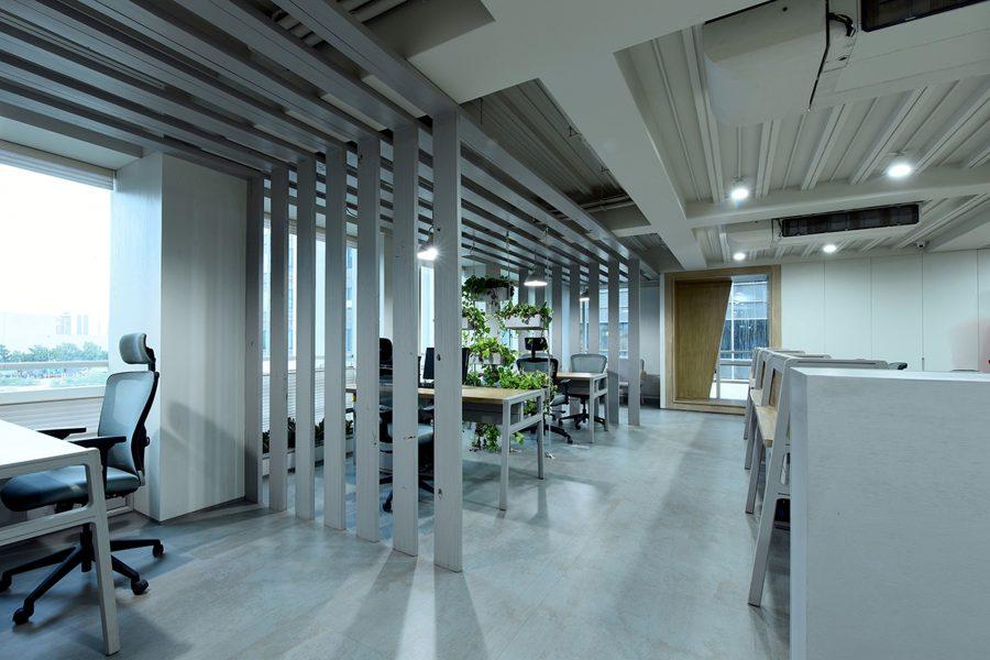office-interior-design-5753005_1920